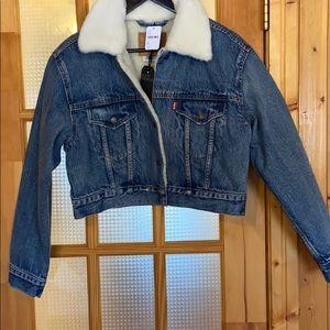 Levi's cropped jean jacket, size M